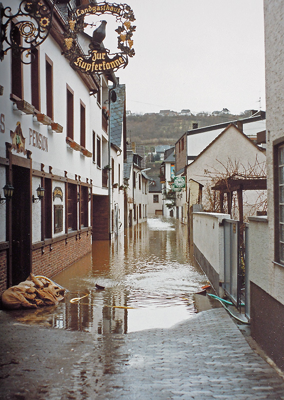 032-HW-Dez-1993-Lutzstraße
